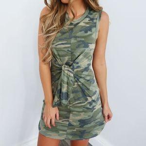 Camouflage twist sleeveless dress